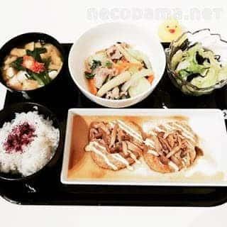 きのこの和風豆腐バーグ 八宝菜的な中華炒め チョレギサラダ にらとキムチのおみそ汁