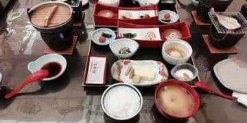 雄山荘 朝食の様子