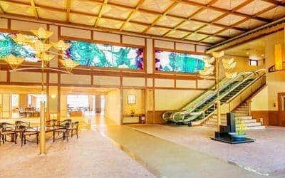 雄琴(おごと)温泉 雄山荘のフロント・ロビー