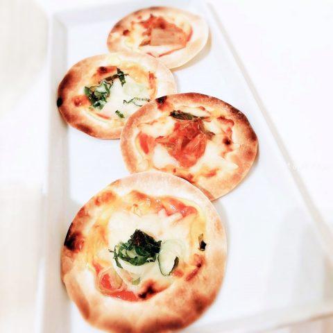 パリパリ「餃子の皮でミニピザ」