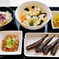 白菜と鱈の卵とじ・イワシの丸干し他の献立