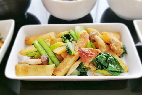 小松菜とじゃが芋のカレー炒め
