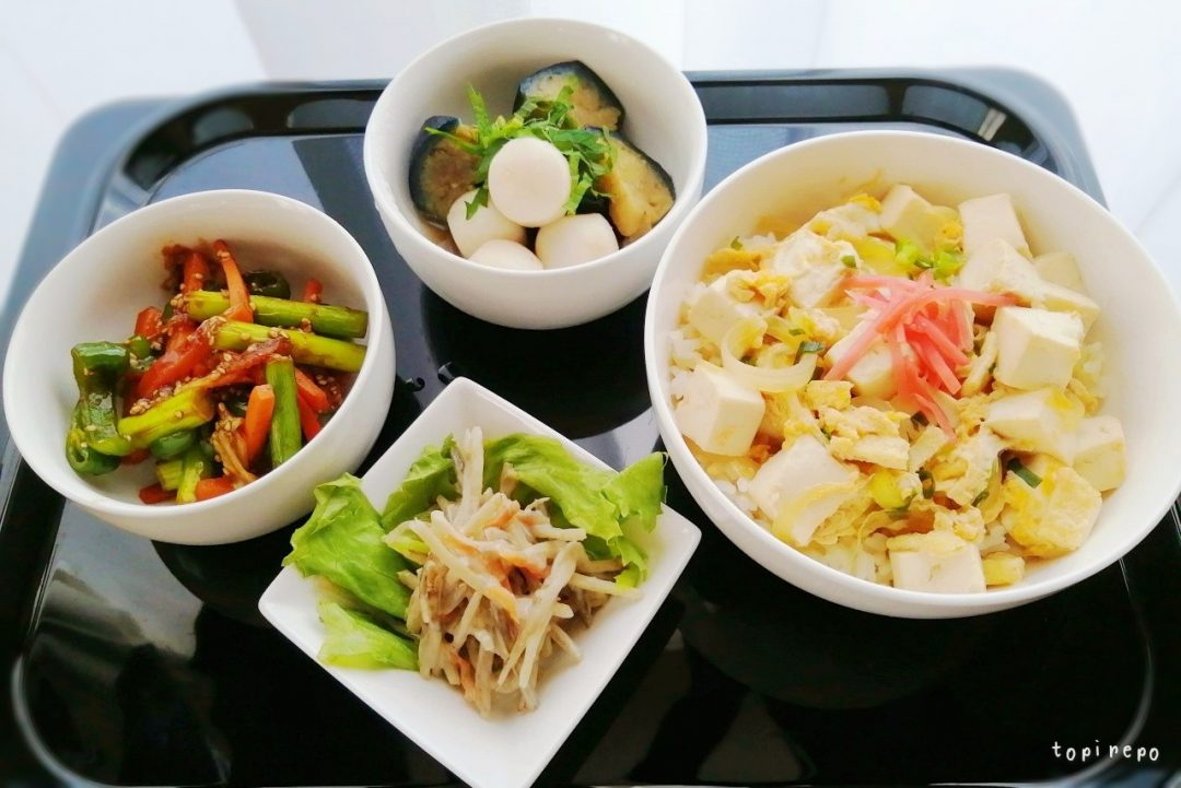 初にんにくの芽を使う。*豆腐とじ丼献立