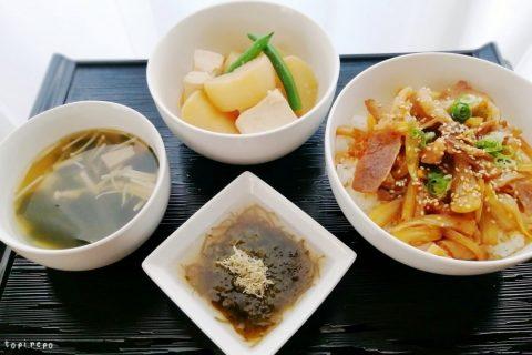 大根豆腐の味噌煮*たれ豚丼ほかの献立