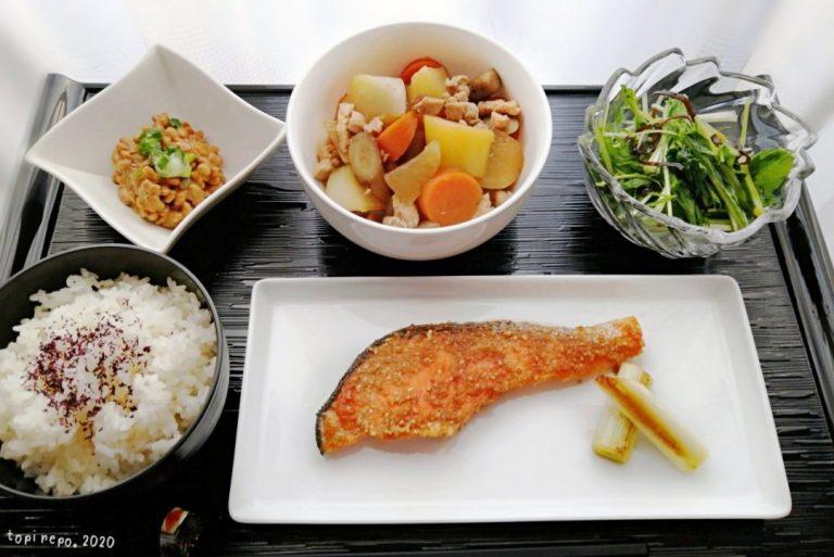 鮭のごま照り焼き根菜の田舎風煮