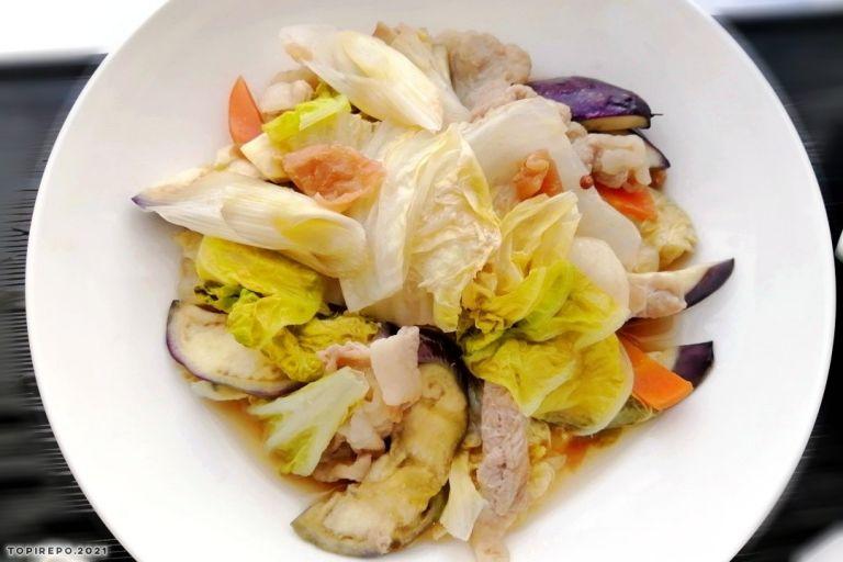 豚肉と白菜の梅風味蒸し