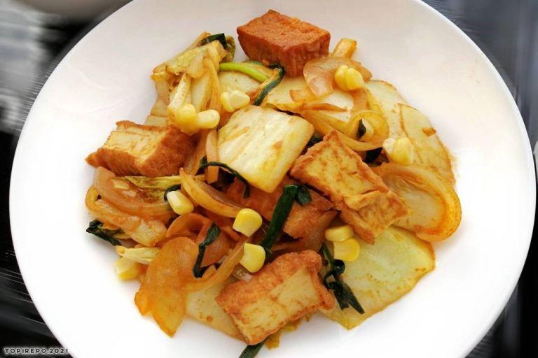 白菜と厚揚げのカレー炒め