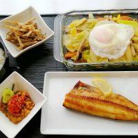 ほっけ干物&卵のせ野菜炒め・ごぼう胡麻和え