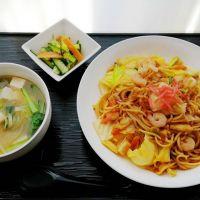 シーフード焼きそば&パリパリ漬・豆腐スープ