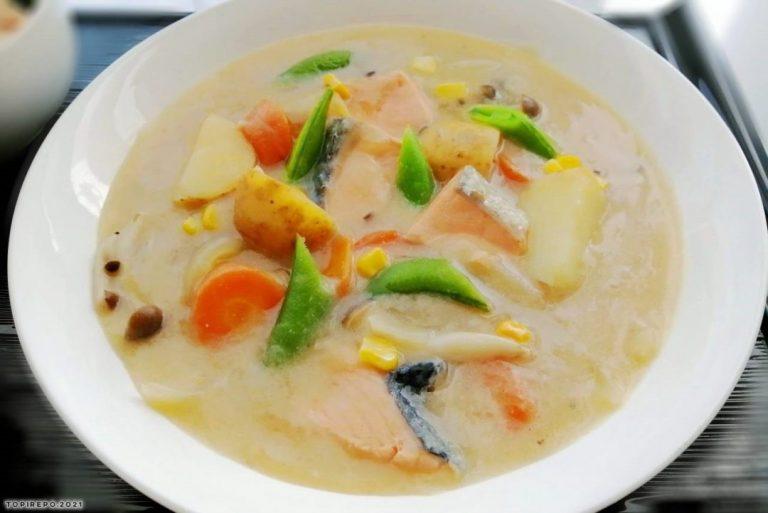鮭とポテトのクリームシチュー