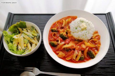 チキンのトマトワイン煮&ペンネと胡瓜のサラダ